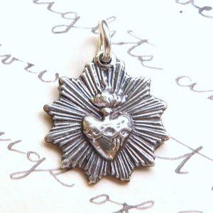 Radiant Sacred Heart Of Jesus Medal
