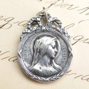 Rosa Mystica Medal