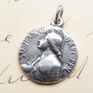 St Joan Of Arc Crown of Laurels Medal