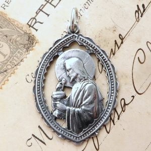 Sterling Silver Jesus With The Holy Eucharist Medal