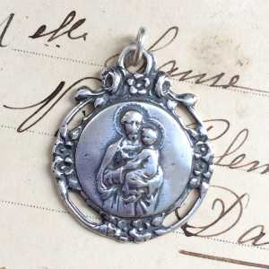 St Joseph Wreath Medal