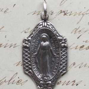Miraculous Medal Virgin Mary Medal