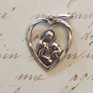 St Anne Heart Medal